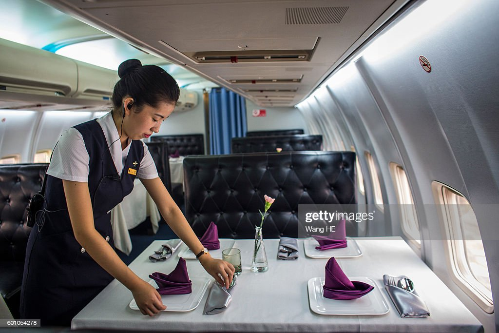 Wuhan Aircraft Restaurant Opens To The Public : News Photo