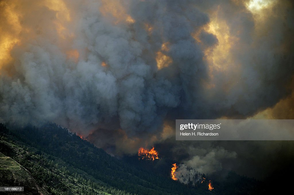 The Waldo Canyon fire continues to burn northwest of Manitou
