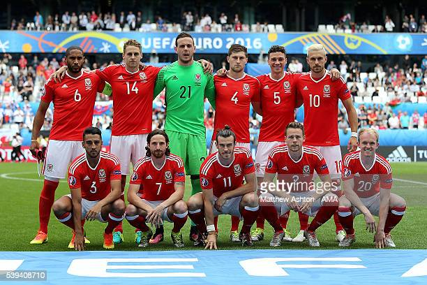 The Wales players line up for a team photo prior to the UEFA EURO 2016 Group B match between Wales and Slovakia at Stade Matmut Atlantique on June 11...