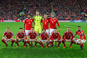 wales pre match team photo back