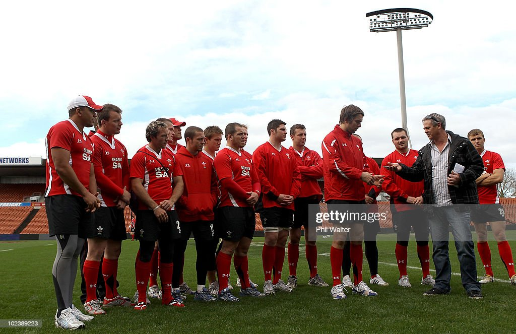 The Wales Rugby Team gather togeather for a presentation on the field following the Wales Captain's Run at Waikato Stadium on June 25, 2010 in Hamilton, New Zealand.