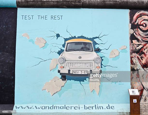 the berlin wall (osten - mauerfall stock-fotos und bilder