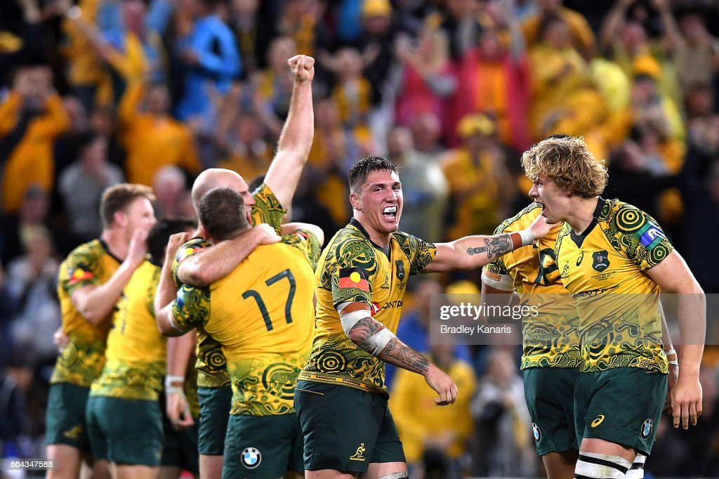 The Wallabies celebrate their victory after the Bledisloe Cup match between the Australian Wallabies and the New Zealand All Blacks at Suncorp Stadium on October 21, 2017 in Brisbane, Australia.