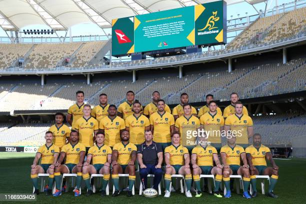 The Wallabies pose for a team photo during the Australian Wallabies captain's run at Optus Stadium on August 09, 2019 in Perth, Australia.