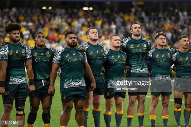 The Wallabies stand together for the national anthem before the start of The Rugby Championship match between the Australian Wallabies and Argentina...