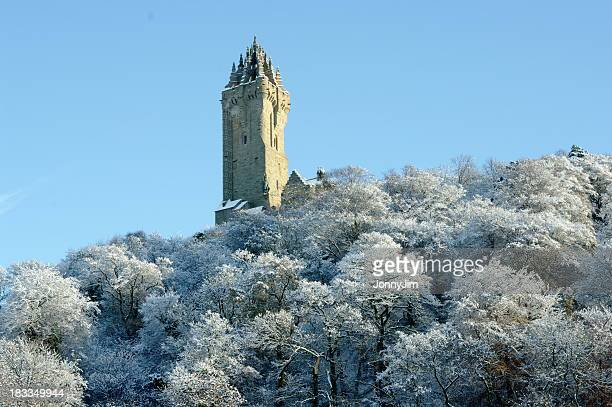 the wallace monument stirling scotland in snow - stirling stock pictures, royalty-free photos & images