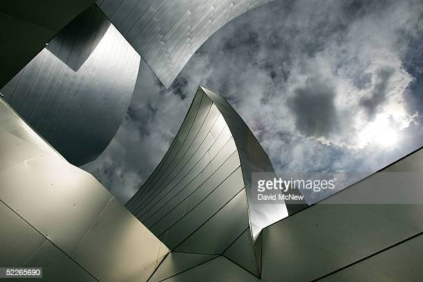 The Walt Disney Concert Hall reflects light as its architect Frank Gehry intended March 2, 2005 in Los Angeles, California. Crews are set to begin a...