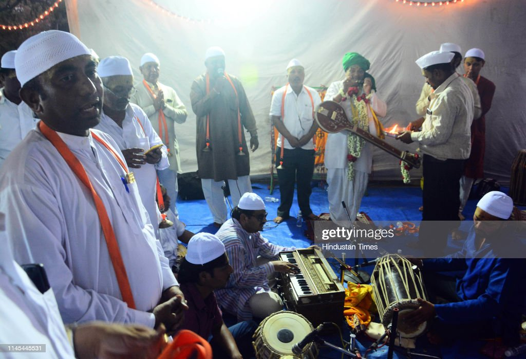 IND: Bhajans Sound The Iftar Namaz At This Ramzan Celebration Of Muslim-Hindu Unity In Pune