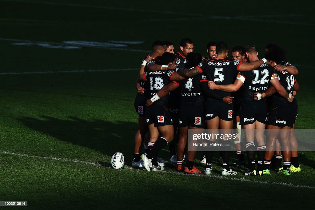 The Warriors gather during the round 19 NRL match between the New Zealand Warriors and the Melbourne Storm at Mt Smart Stadium on July 22, 2018 in Auckland, New Zealand.