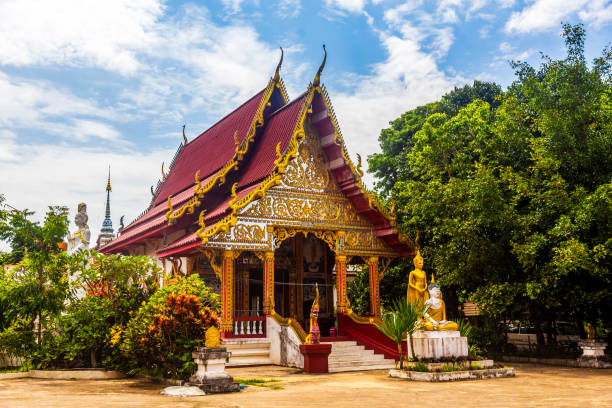 """The """"Wat Don Kaeo"""" temple (3/4 view) in Chiang Rai province (Thailand)"""