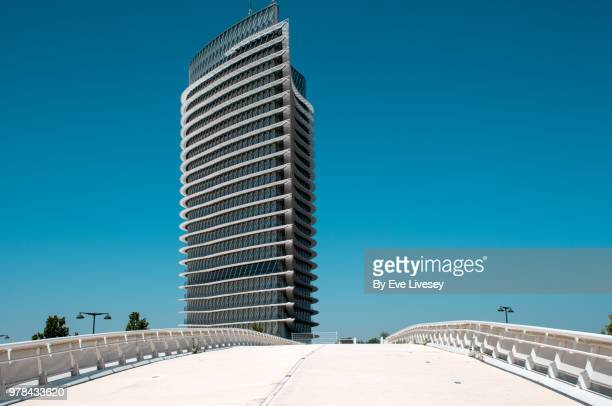 the water tower, zaragoza, aragon, spain, europe - zaragoza province stock pictures, royalty-free photos & images