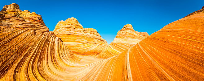 The Wave iconic desert strata golden sandstone Coyote Buttes Arizona - gettyimageskorea