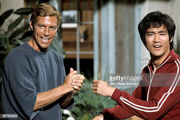 LONGSTREET The Way of the Intercepting Fist Season One 7/19/1971 James Franciscus as Michael Longstreet is rescued by antique dealer and martial arts...
