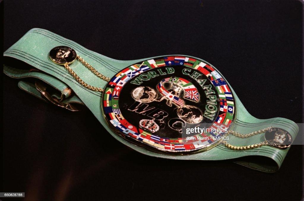 Boxing - World Heavyweight Championship - Lennox Lewis Press Conference : News Photo
