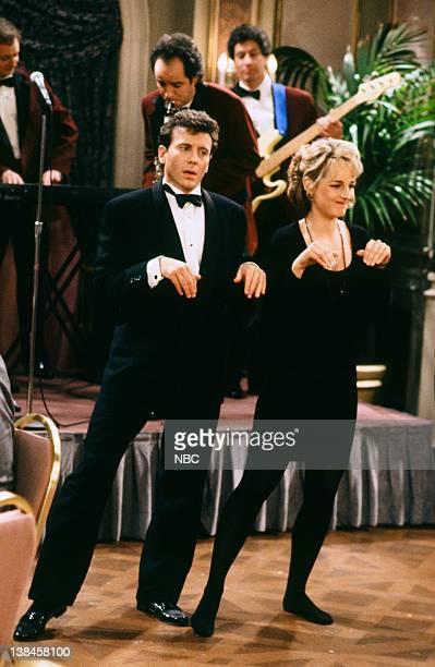 YOU The Wedding Affair Episode 15 Pictured Paul Reiser as Paul Buchman Helen Hunt as Jamie Stemple Buchman John Pankow as Ira Buchman