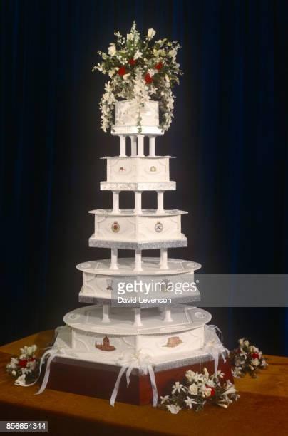 The wedding cake on display at Charles Diana Royal Wedding 29th July 1981