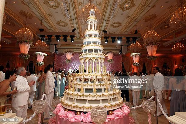 The wedding of Ivana Trump and Rossano Rubicondi at the MaraLago Club on April 12 2008 in Palm Beach Florida Cake Lambertz of Germany Menu Menu...
