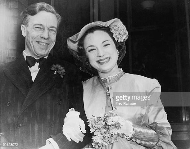 The wedding of Jill Angela Balcon daughter of film chief Michael Balcon and poet Cecil Day Lewis at Kensignton Registry Office in London 27th April...