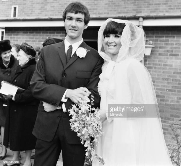 The wedding of Paul Atkinson, lead guitarist of English pop group The Zombies, to Molly Molloy, an American dancer, at the Presbyterian Church in...