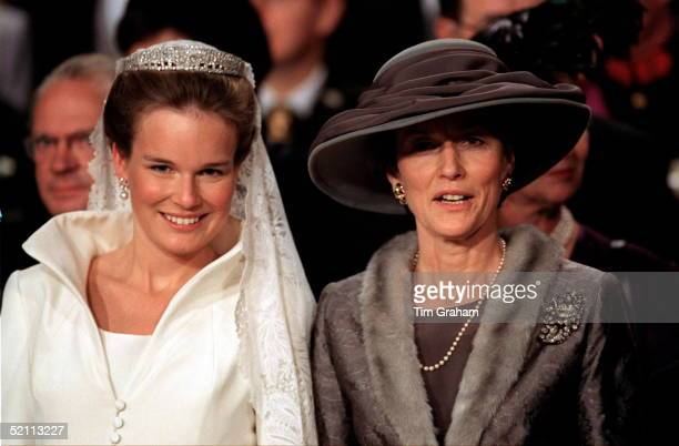 The Wedding Of The Crown Prince Of Belgium The Bride Mathilde D'udekem D'acoz With Her Mother
