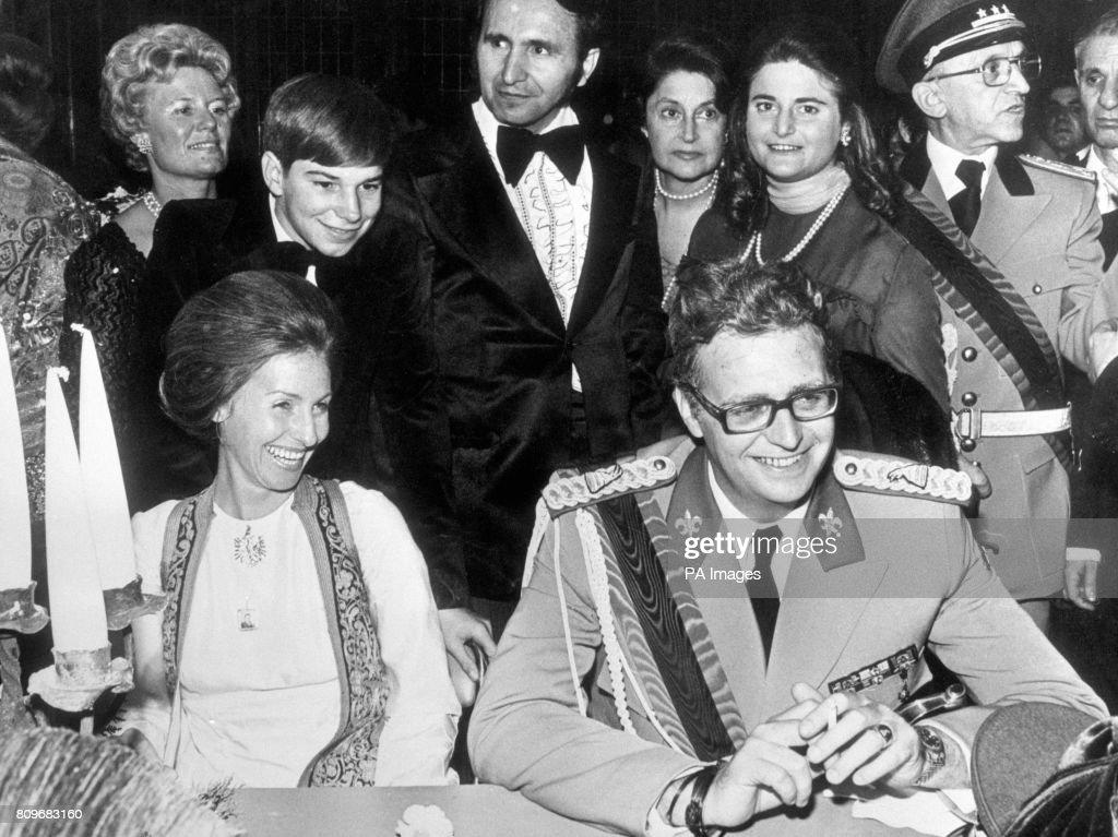 Royalty - Albania - Wedding of King Leka I and Miss Susan Cullen-Ward - Biarritz : News Photo