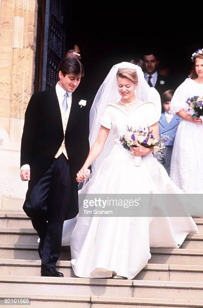 The Wedding Of Tim Taylor To Lady Helen Windsor At St Georges Chapel Windsor Wedding Dress By Catherine Walker