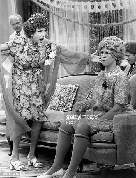S FAMILY 'The Wedding Part 2' Episode 4 Pictured Carol Burnett as Eunice Higgins Vicki Lawrence as Thelma 'Mama' Crowley Harper