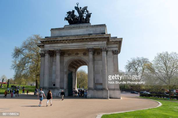 the wellington arch, london, united kingdom - hyde park london stock photos and pictures