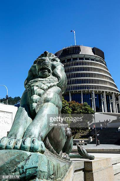 the wellington cenotaph lions - anzac day stock pictures, royalty-free photos & images