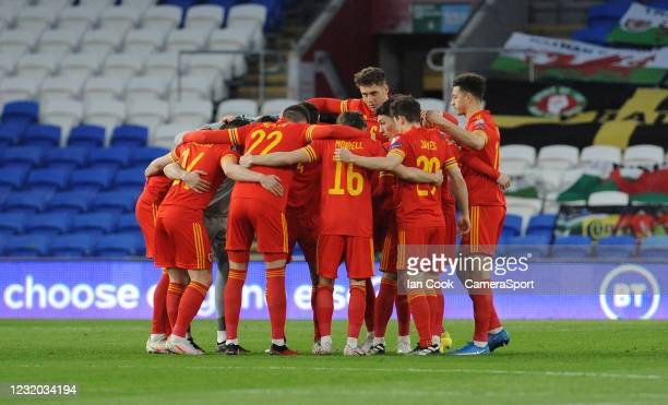The Welsh team have a team talk before kick off during the FIFA World Cup 2022 Qatar qualifying match between Wales and Czech Republic at Cardiff...