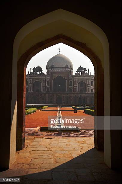 The West Gate And Humayuns Tomb, Built In 1565, And A Fine Example Of Mughal Architecture, New Delhi, India.