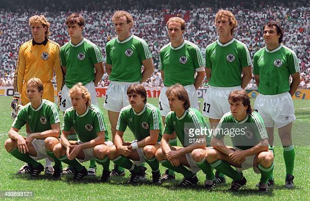The West German national soccer team poses for a team picture before the World Cup final against Argentina 29 June 1986 in Mexico City AFP PHOTO