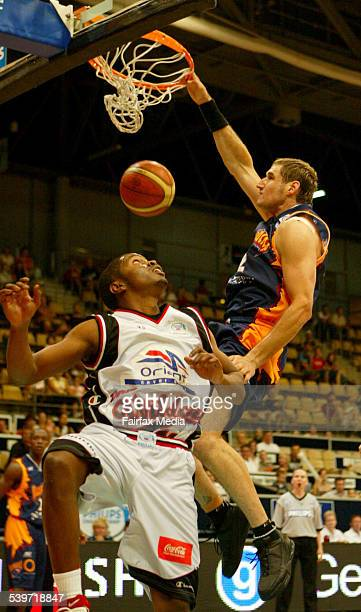 The West Sydney Razorbacks' Pero Vasiljevic scores during their defeat to the Perth Wildcats at the Homebush Sports Centre 10 December 2005 SHD SPORT...
