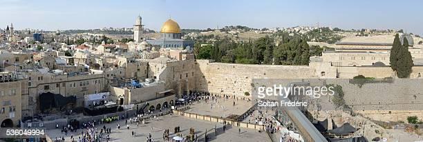 the western wall in jerusalem - muro de las lamentaciones fotografías e imágenes de stock
