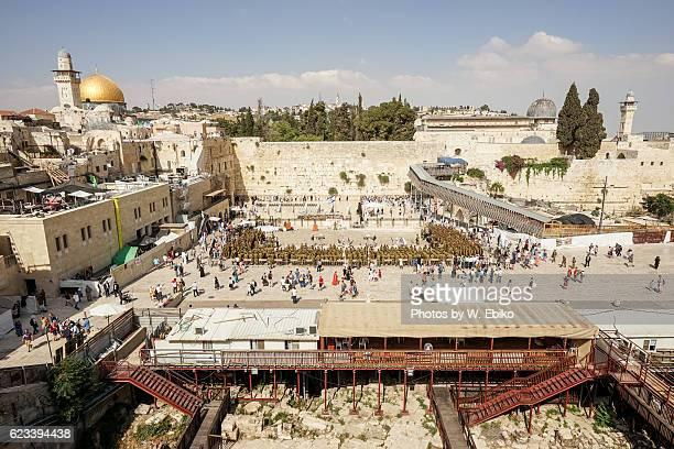 the western wall, jerusalem, israel - 嘆きの壁 ストックフォトと画像