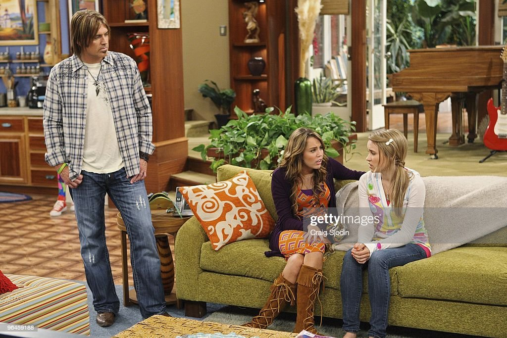 "Disney's ""Hannah Montana"" - Season Three : ニュース写真"
