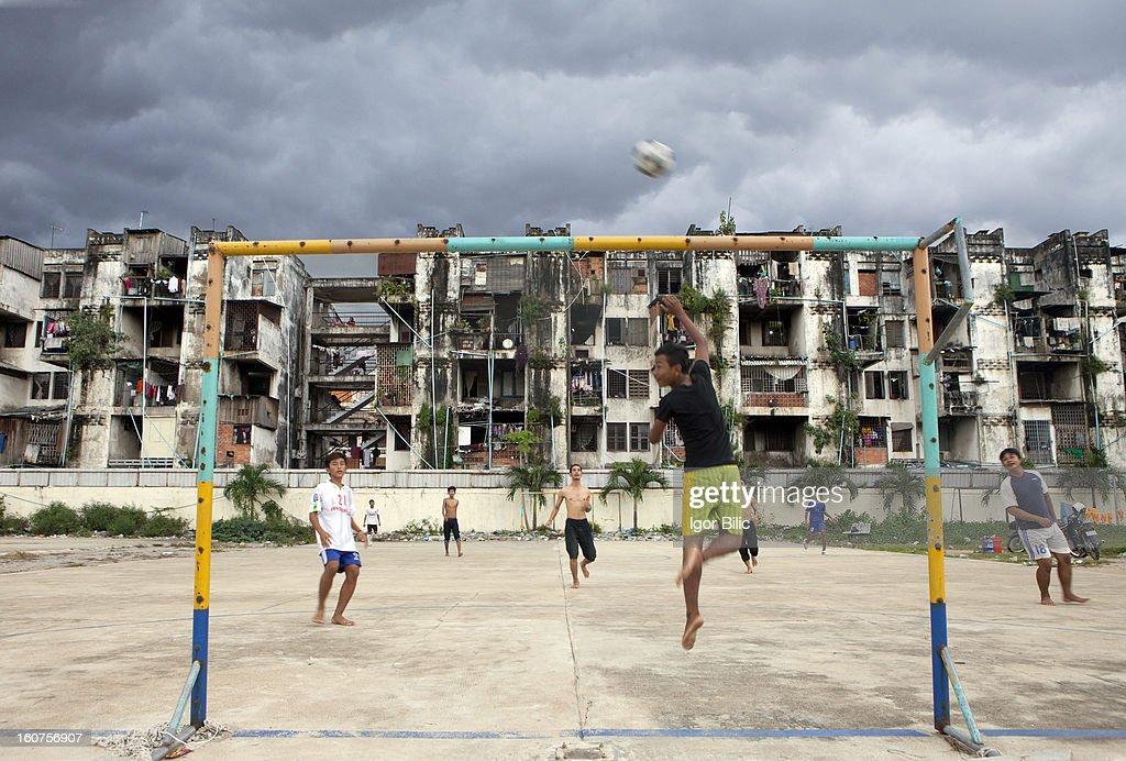 A socialist  housing project, Phnom Penh : News Photo