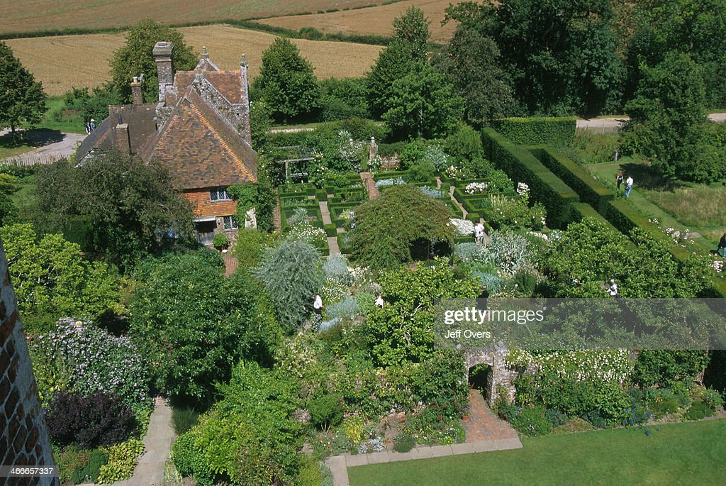 Image result for White Garden at sissinghurst gardens