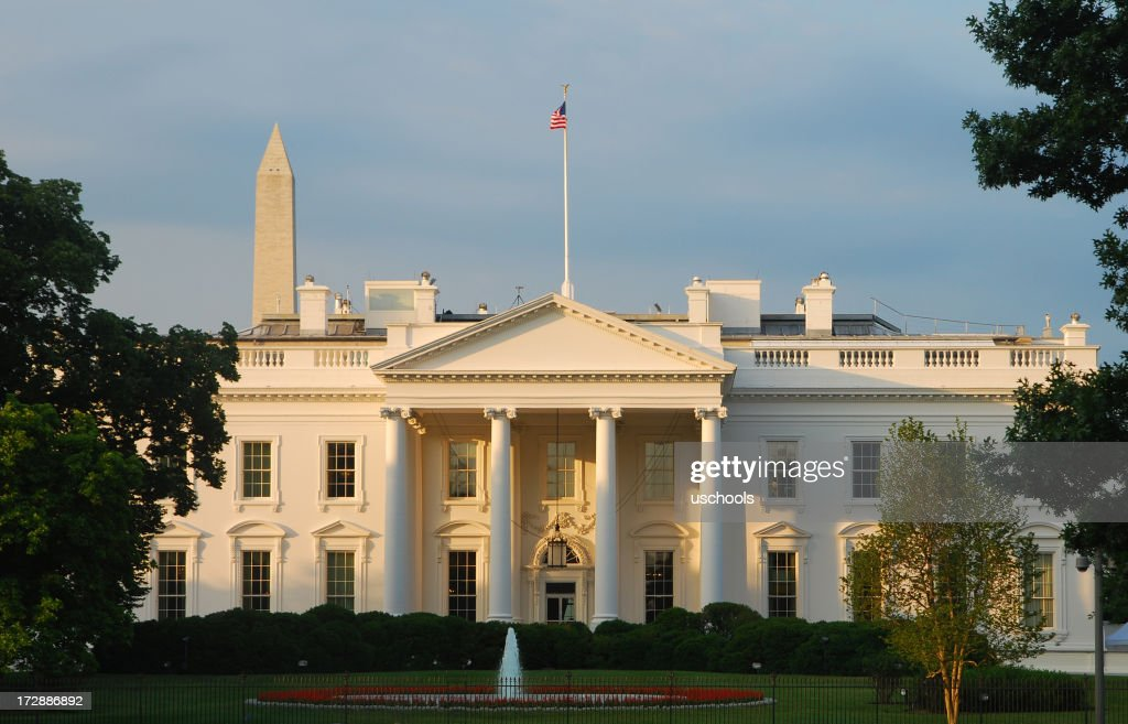The White House at sunrise (North) : Stock Photo
