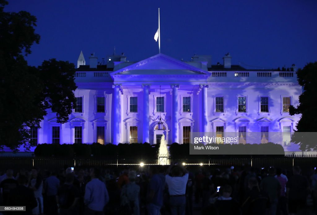 The White House Is Lit With Blue Lights For Police Week : News Photo