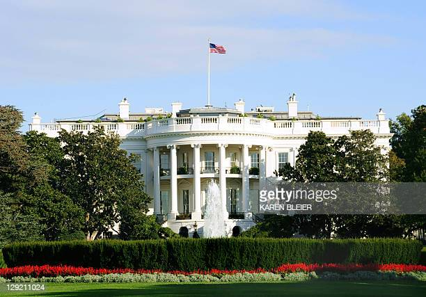 The White House is seen from the south side October 29 2008 in Washington DC Democrat Barack Obama geared up today to deliver a presidentialstyle...