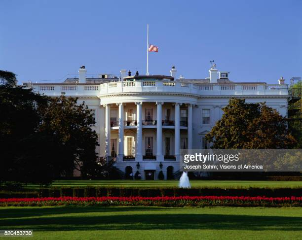 the white house - half mast stock pictures, royalty-free photos & images