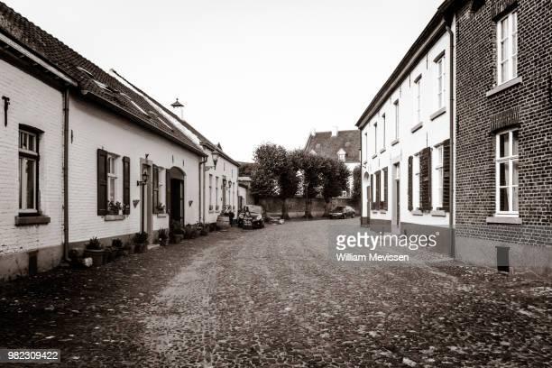 the white village - william mevissen ストックフォトと画像