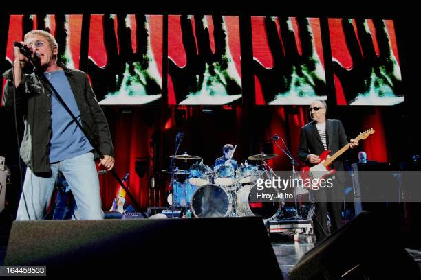 The Who performing at the Jones Beach Theater on Wednesday night September 13 2006This imagePete Townshend right and Roger Daltrey left