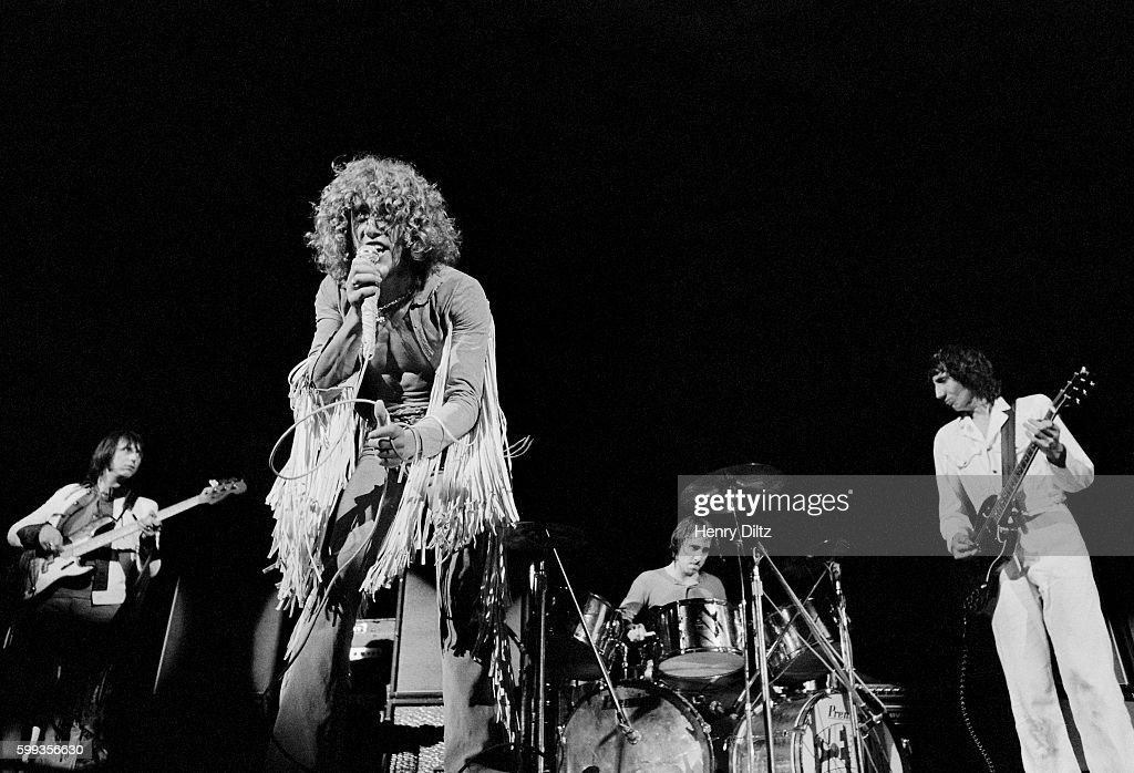 Roger Daltry and The Who Performing at Woodstock : News Photo