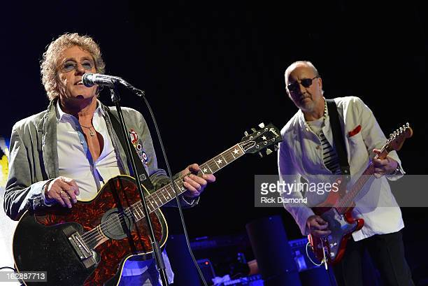 The Who's Roger Daltrey and Pete Townsend perform during the Who Cares Benefit For Teen Cancer America Memorial SloanKettering Cancer Center at The...