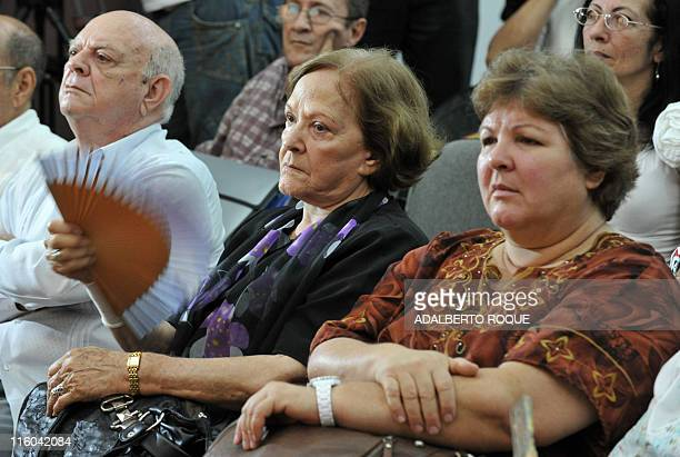 The widow and daughter of revolutionary icon Ernesto 'Che' Guevara Aleida March and Aleida Guevara respectively attend the presentation of a Che's...