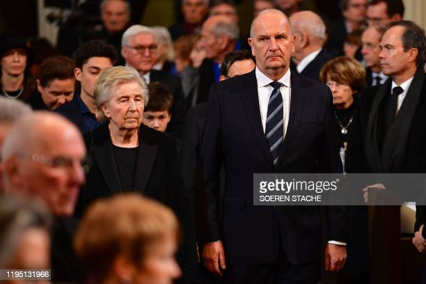 The widow of the deceased Ingrid Stolpe joined by Dietmar Woidke state premier of Brandenburg attend the memorial service for former Brandenburg...