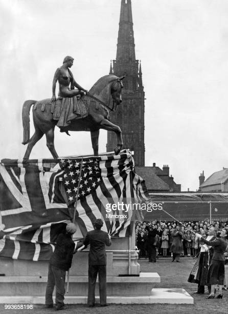 The wife of US Ambassador Lewis Douglas unveils the statue of Lady Godiva in Broadgate Coventry West Midlands watched by the Mayor 22 October 1949
