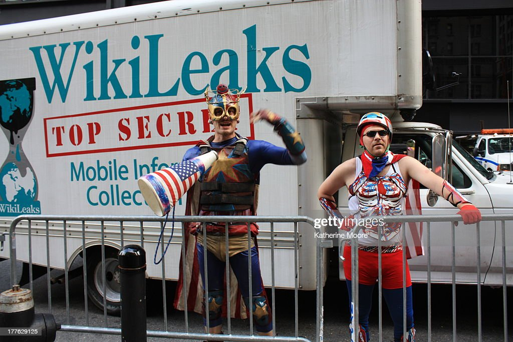 Wikileaks Truck at Liberty Square : News Photo